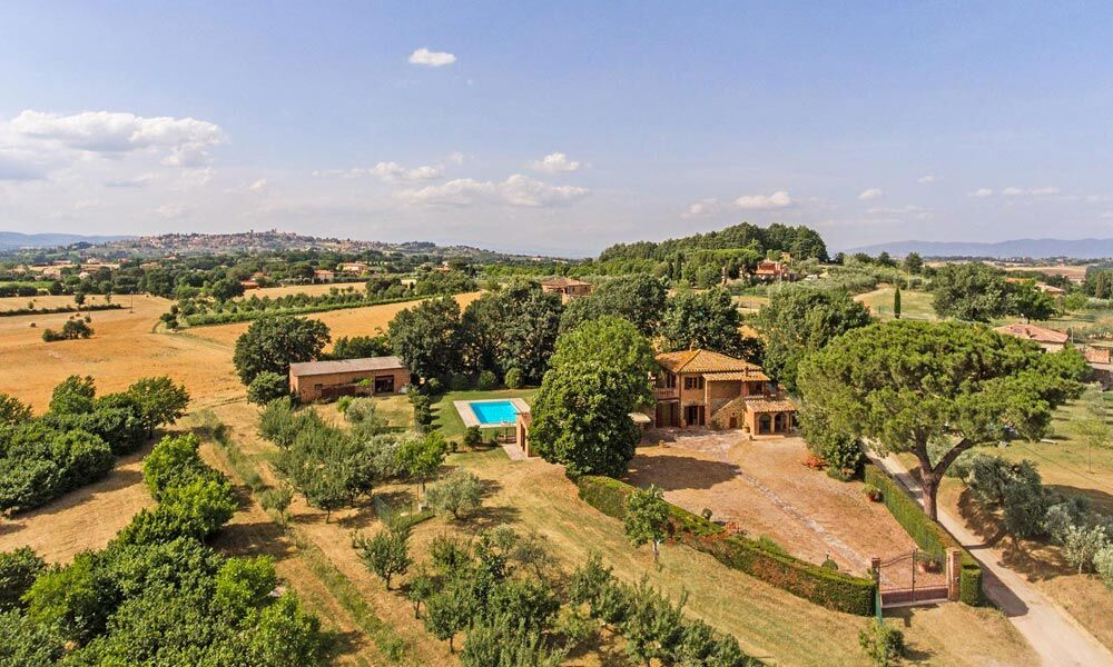 Farmhouse Lucignano Arezzo Tuscany Luxury